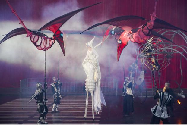 Утопия, видеоинсталляции икарнавал: Чем запомнилась Театральная олимпиада 2019