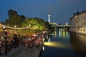 Почему Москве нужен ночной мэр