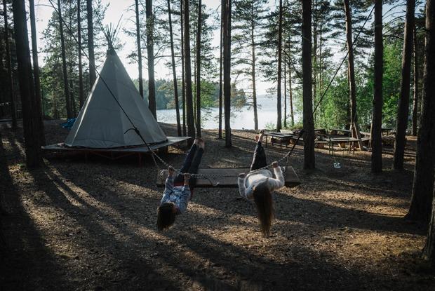 «Не оставлять следов»: Жизнь экокемпинга на берегу Ладоги