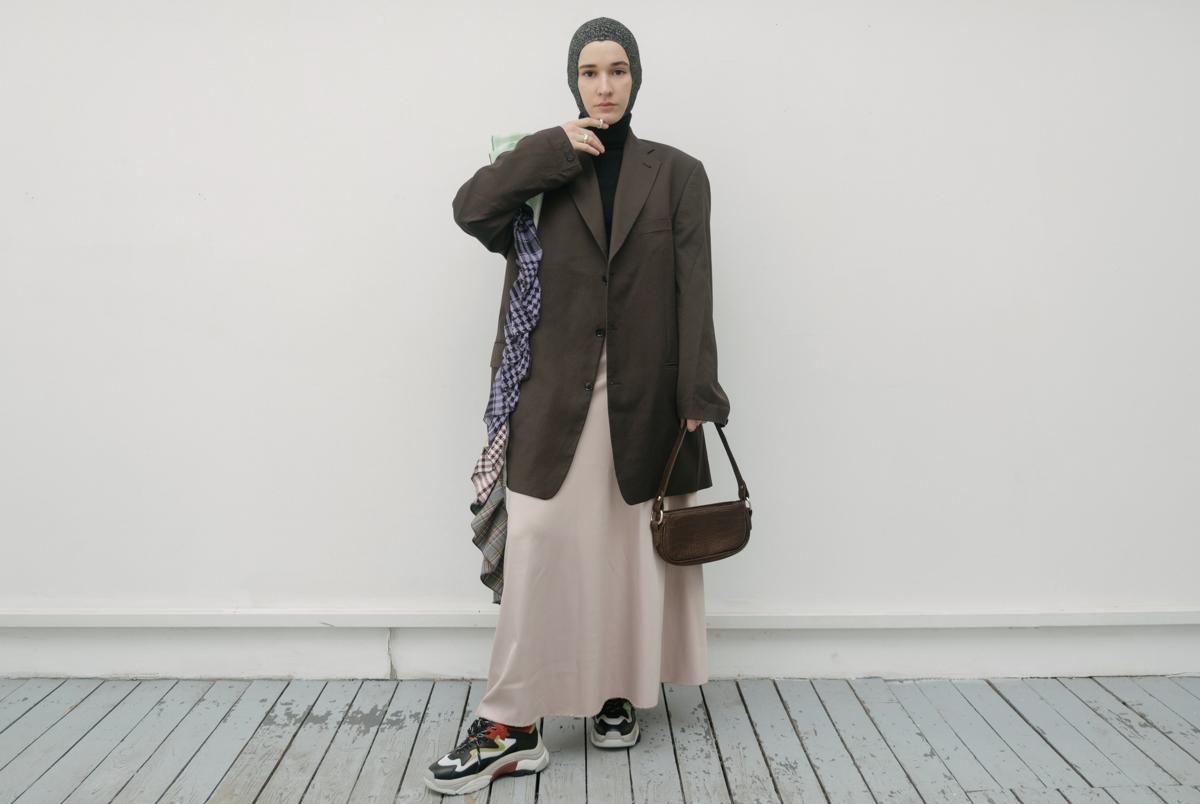Современные мусульманки— оРафе Симонсе, моде иношении хиджаба