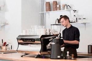 16 кафе, баров иресторанов января (Петербург)
