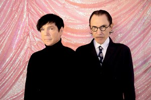 «О, Спарксы»: Музыкальный критик объясняет на пальцах величие группы Sparks