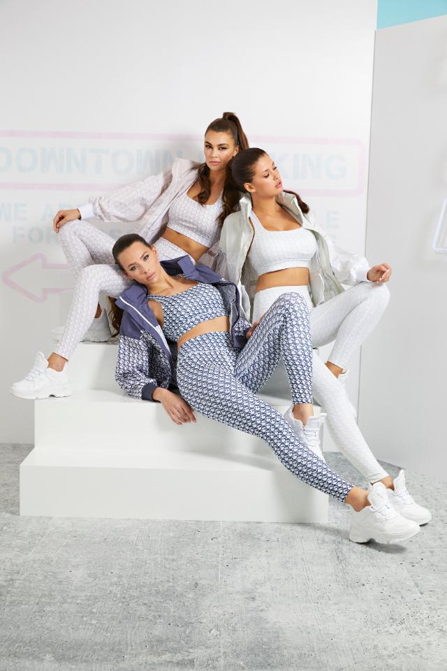 Спортивная марка Guess откроет поп-ап-магазин в«Метрополисе»