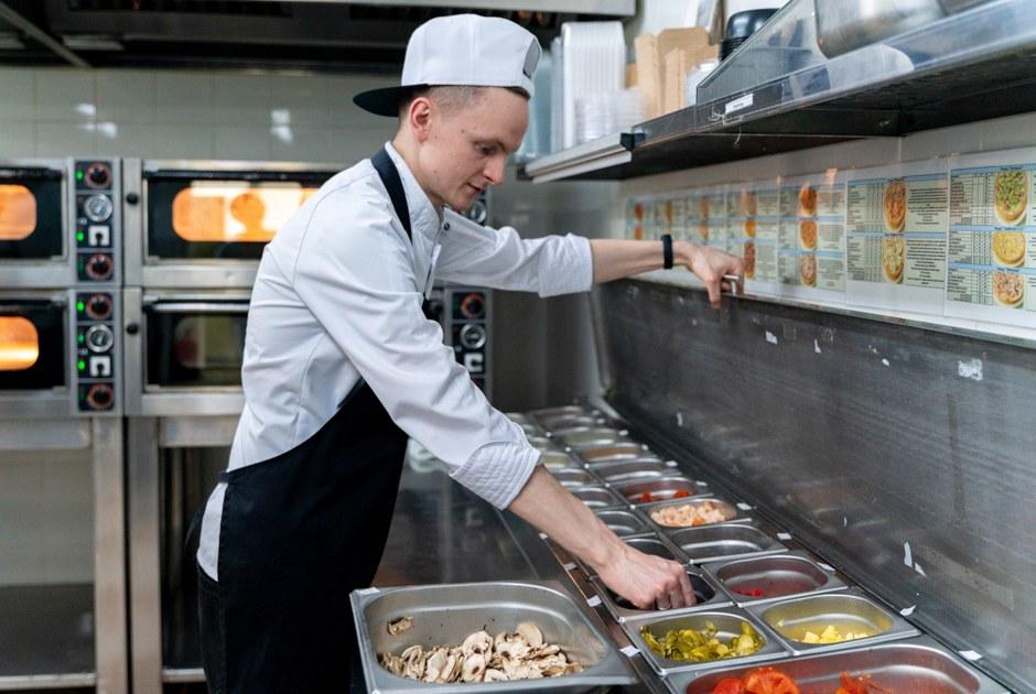 Как закрытую в пандемию сеть вегетарианских кафе «Укроп» перезапустили в формате доставки