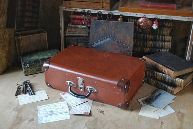 Инстаграм с винтажными чемоданами на продажу