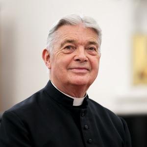Настоятель англиканской церкви Саймон Стивенс оботъезде изРоссии