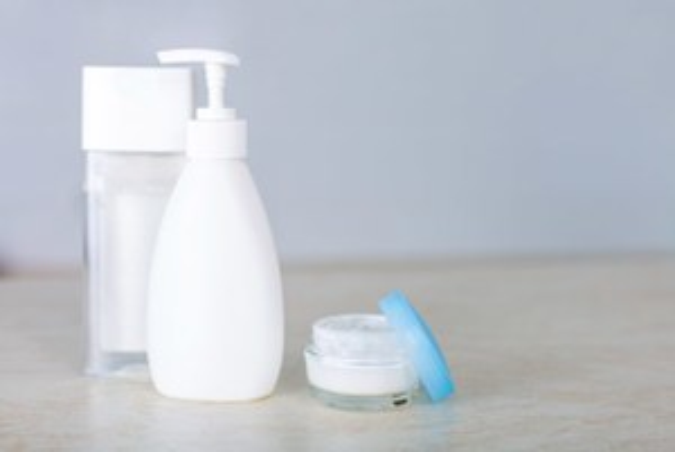 Очищать кожу правильно