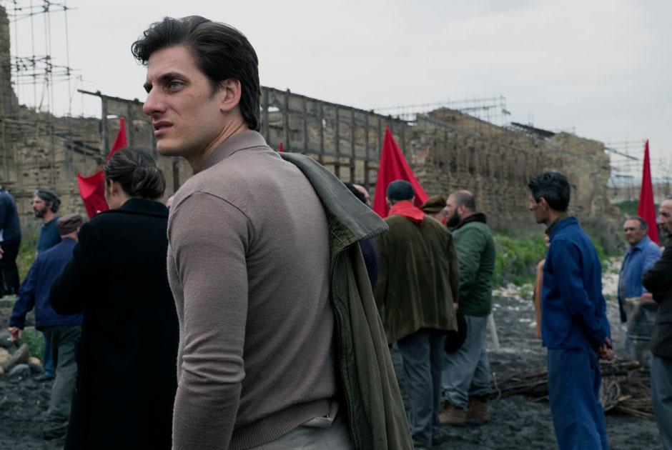«Мартин Иден»: Герой Джека Лондона переезжает изОкленда вНеаполь