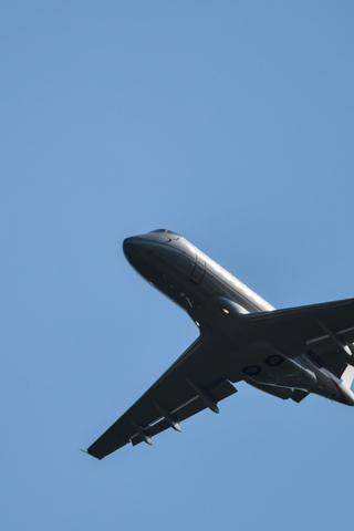 Авиакомпании почти вдвое снизили цены набилеты поРоссии из-за плохого спроса