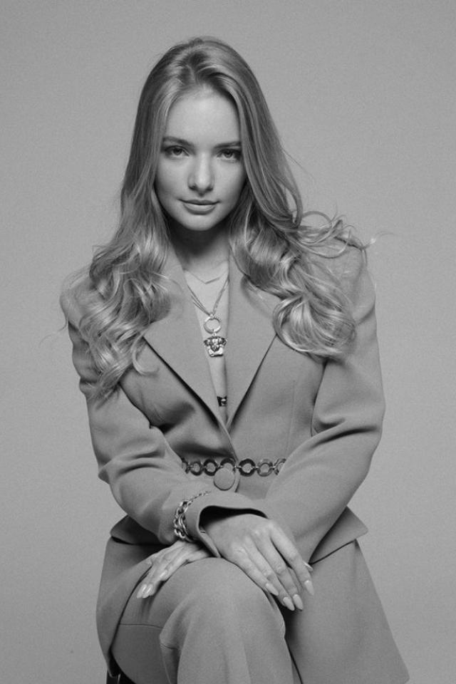 Дочь пресс-секретаря президента России Елизавета Пескова— отом, почему нужно изменить закон обиноагентах