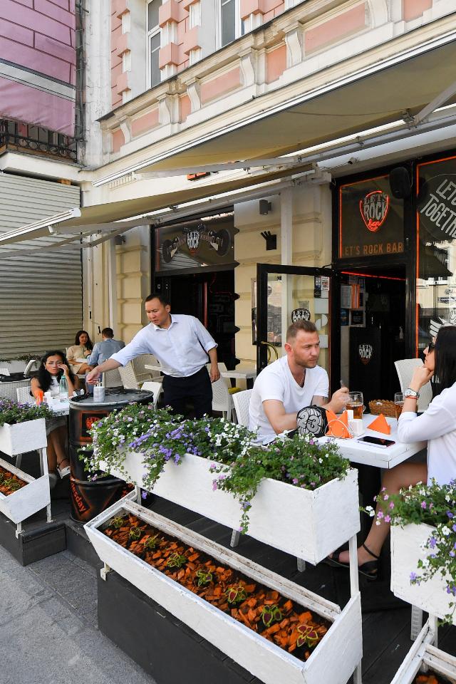 Летние кафе иверанды вМоскве можно будет посещать без QR-кода до1августа