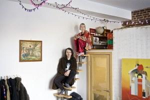«Квартира с вайбом» и высокими потолками в конструктивистском доме на Малышева