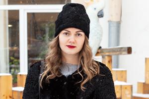 Внешний вид (Петербург): Юлия Костенюк, сотрудница «Лофт Проекта Этажи»