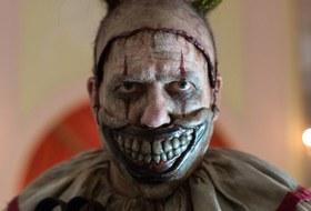 The Village смотрит «Американскую историю ужасов» с клоунами