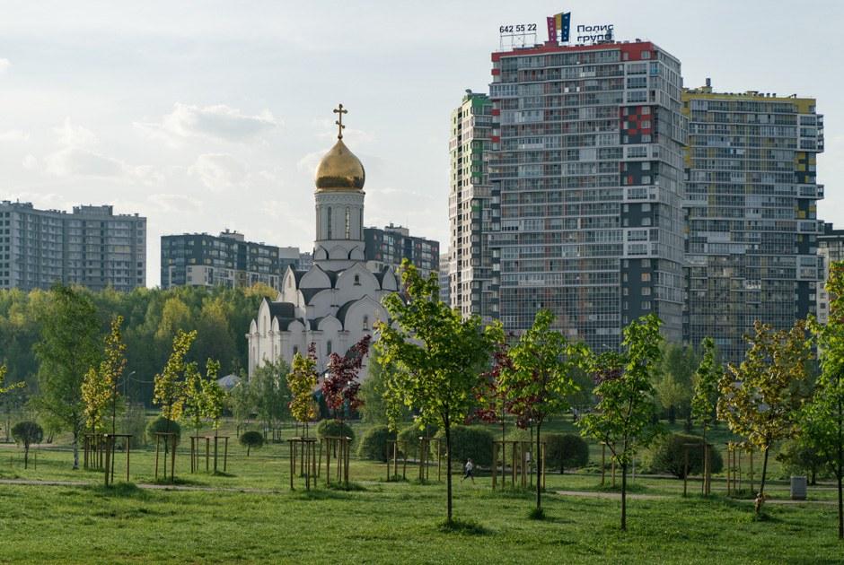 Прогулка по Кудрово — городу новостроек на границе с Петербургом
