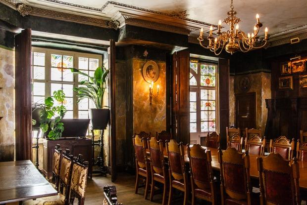 Паб-музей: Black Swan Pub &Shop