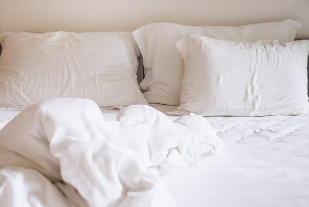 Нужно ли спать семь-восемь часов вдень?