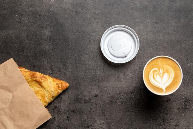 Кофейня Travis Coffee в Городке чекистов и бар Saxara Lounge в Доме Печати
