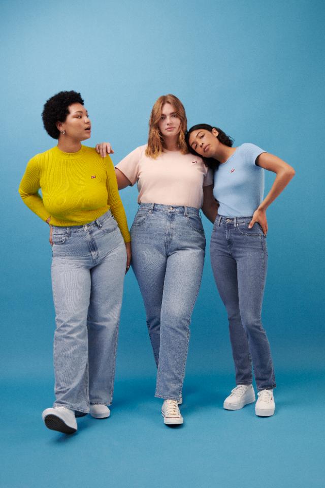 Levi's расширил размерный ряд женских моделей джинсов