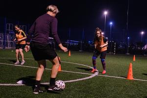 Женский футбольный клуб в Нижнем: как начать играть в футбол девчонкам в любом возрасте