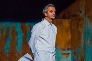 «К живому театральному процессу это не имеет отношения»: Богомолов — глава Театра на Малой Бронной