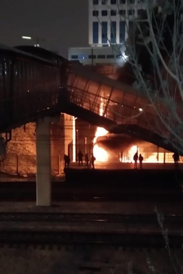 На станции Москворечье произошел пожар. Неподалеку наместе ядерного могильника строят Юго-Восточную хорду