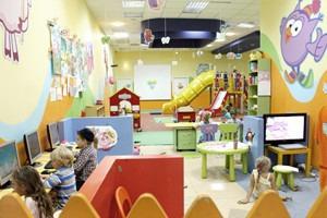 Игровой момент: Детские комнаты в торговых центрах