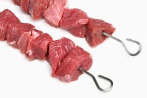 Как правильно замариновать мясо: 5рецептов