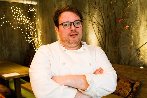 Исаак Макхейл: Мишленовский шеф-повар— обританской кухне