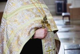 «Церковь вРоссии сегодня— тоталитарный институт»: Священник-гей— оРПЦ игомосексуальности