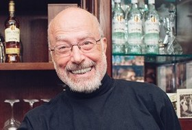 Бартендер Питер Дорелли— овтором золотом веке алкогольной индустрии