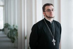 Священнослужитель— оправославных активистах, смерти иселфи