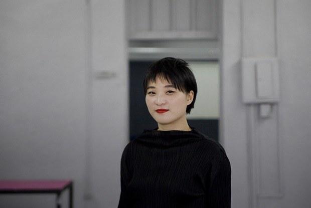 «Я не страшусь смерти»: Куратор биеннале — о бессмертии и милитаризме