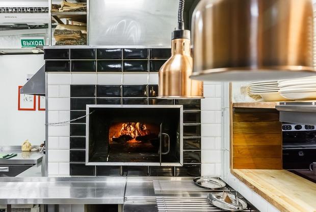 «Угли-Угли» и «The Печь»: Блюда из локальных продуктов по доступным ценам в Краснодаре