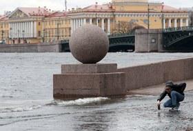Ураган атакует Москву иСанкт-Петербург