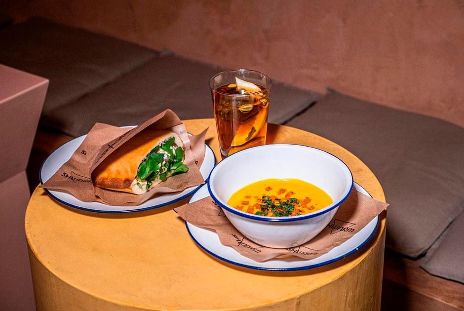 Вегетарианцы и веганы советуют свои любимые места вМоскве