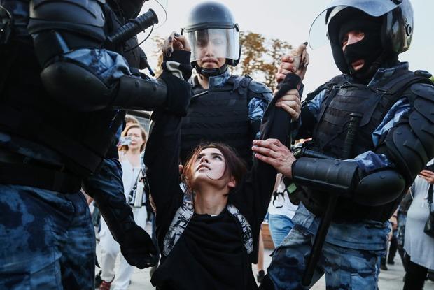 Игра в догонялки: Итоги митинга засвободные выборы с1373задержанными