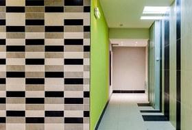 «А не попал ли я в прошлое?»: Специалисты по ремонту — оботделке квартир по программе реновации