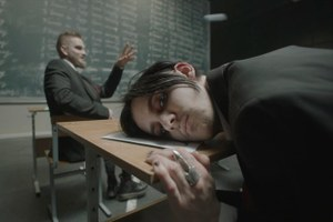 Кирилл Бледный — обобвинениях вгомофобии, попсовости «Пошлой Молли» иностальгии понулевым