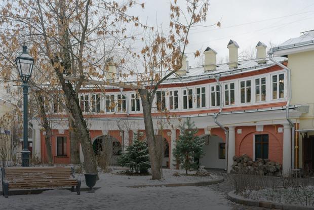 «Я живу усамого уютного двора Москвы»