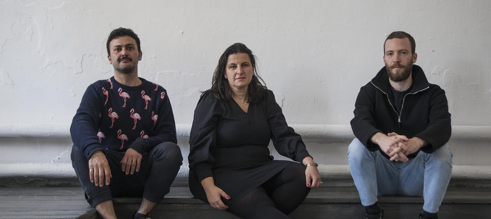 «Мыделаем одну итужеработу трираза»: Кураторы биеннале— обобъятиях ипереосмыслении выставки