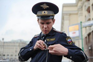 Личный опыт: Как проверить документы у полицейского