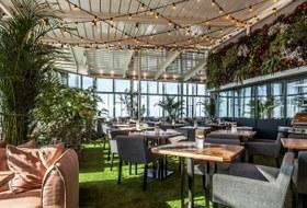 Ресторан в 354 метрах надземлей, соседский ресторанный день изавтраки налюбой вкус