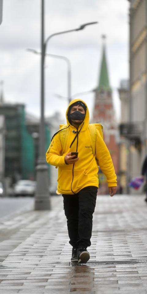 ВМоскве снова тысяча заболевших коронавирусом засутки. Наэтомже уровне впрошлый раз ввели пропускной режим