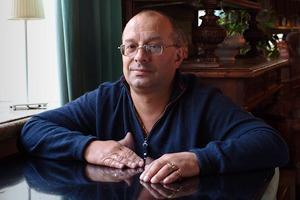 Охранник кафе «Маяк» одраках, политике иповадках московской интеллигенции