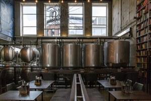Бар при пивоварне: Poet Brewery&Bar