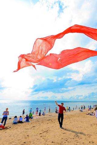 ВПетербурге отменили фестиваль воздушных змеев «ЛЕГКО ФЕСТ». Часть пляжа отдали «Зенит Арене»