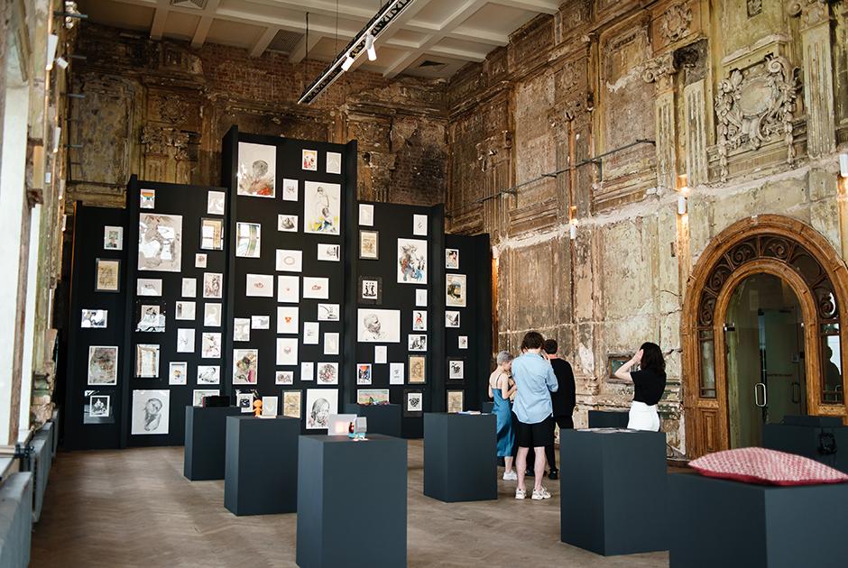 Открытие выставки «Низкий старт» в галерее FUTURO