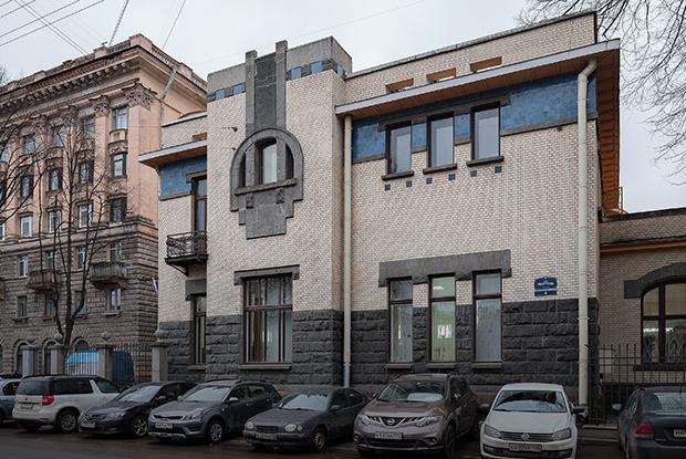 Как устроена самая красивая стоматология в России (Петербург)