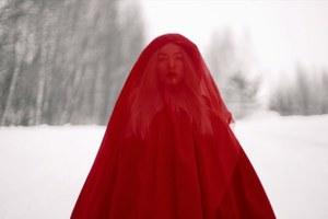 Захват российского консульства, Skittles в цветах триколора имеланхоличный клип Cream Soda